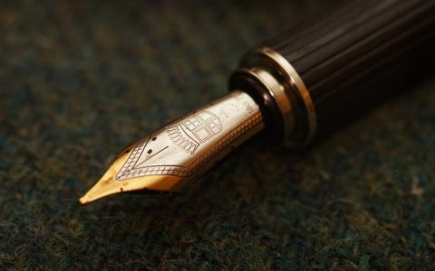 Faber Castell辉柏嘉Graf Von伯爵系列Intuition Platino Ebony灵感铂金黑檀木钢笔评测