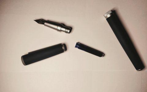 HUGO BOSS传动系列钢笔蓝色款趣味测评